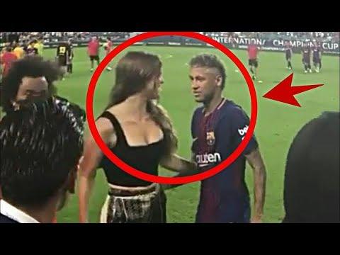 Futbolcular Amigo Kızlarına Aşık Olduklarında, Kameralar Önünde Bunları Yaptılar