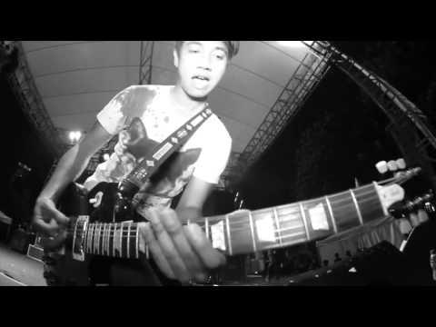 Killing Me Inside - Never Go Back (Footage Clip)
