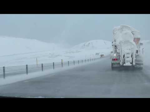 Work commute in Icelandic winter