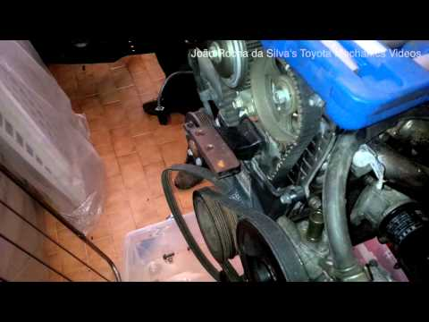 ᴴᴰ(Part 1) Toyota 4AGE 20 valve black top engine rebuild: Removing ancilliaries