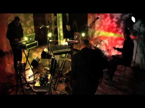 Marconi Union - Flying (Redwall Sessions)