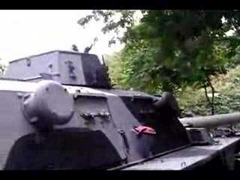 The British FV601 Saladin & FV603 Saracen - TankNutDave com