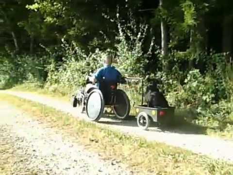roadtrain handbike mit hundeanh nger rollstuhl fahrrad. Black Bedroom Furniture Sets. Home Design Ideas