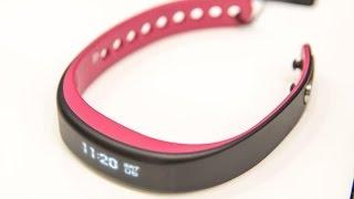 Hands on with Garmin's Vivosmart health tracker and smartwatch hybrid