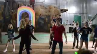 Танец физруков