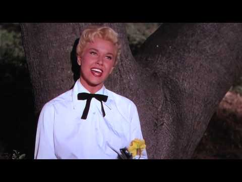 "Doris Day sings ""Secret Love"" (HD unedited)"