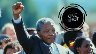 Mandela's Walk to Freedom (© Allan Tannenbaum) | OneShot