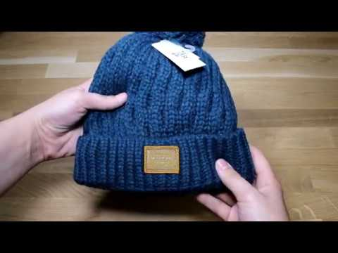 Billabong Good Vibes Bobble Hat in Eclipse