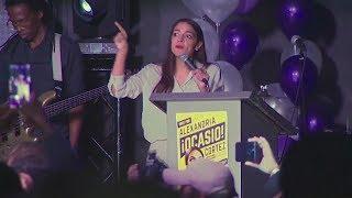 US-Zwischenwahlen: Alexandria Ocasio-Cortez wird jüngste Abgeordnete aller Zeiten