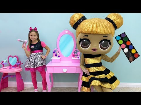 Sofia plays Hair Styling Beauty Salon with LoL Dolls & Toys