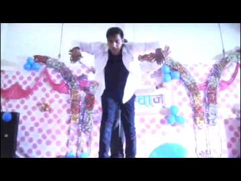 Nadeem Ahmed group dance