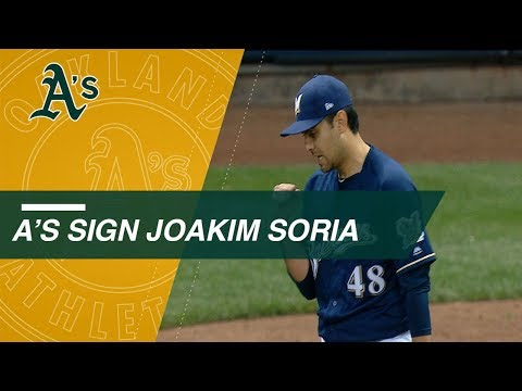 Reliever Joakim Soria signs 2-year deal with A's