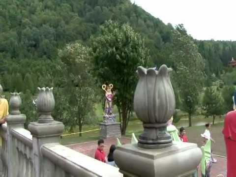 Ngôi Phật tự Đại Tòng Lâm Bảo sơn