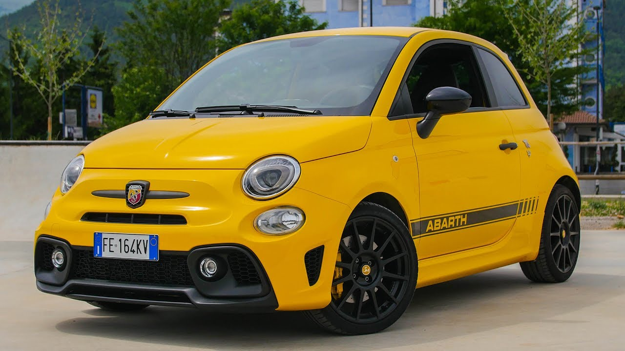 abarth 595 competizione davide cironi drive experience eng subs youtube. Black Bedroom Furniture Sets. Home Design Ideas