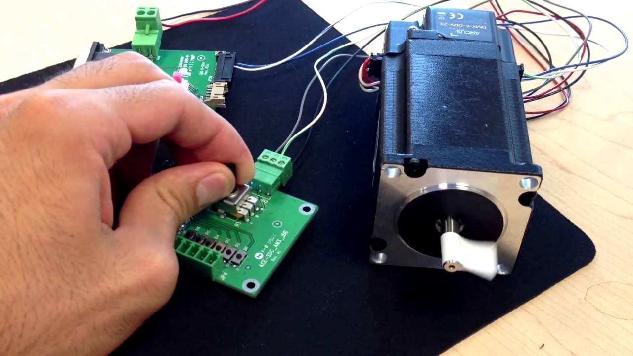 Low Cost Stepper Motor Plus Driver With Analog Speed
