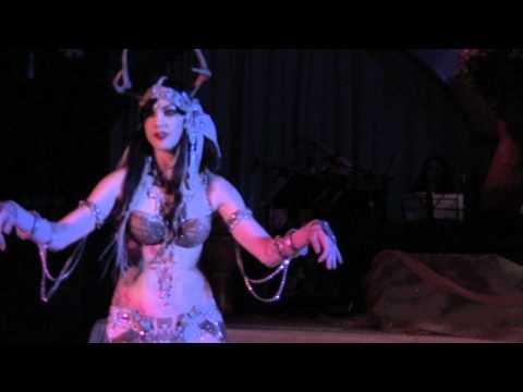Zoe Jakes, closing number at Salon L' Orient Winter Solstice