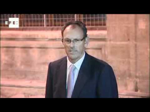 King Juan Carlos' son-in-law questioned in corruption investigation
