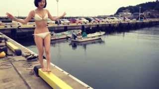今月の美女暦は、夏!夏!夏!とっちゅーことで、『水着美女』特集でご...