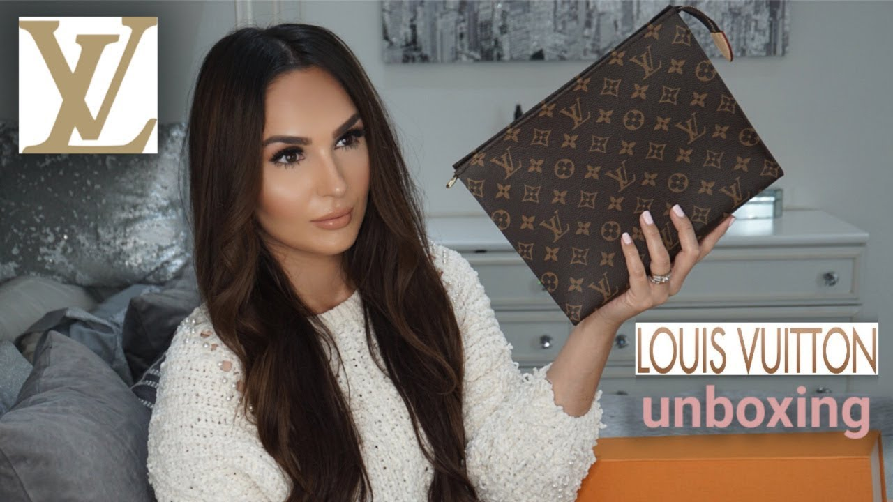 a0ffb90229ad LOUIS VUITTON TOILETRY POUCH 26   CLUTCH BAG   UNBOXING  REVIEW ...