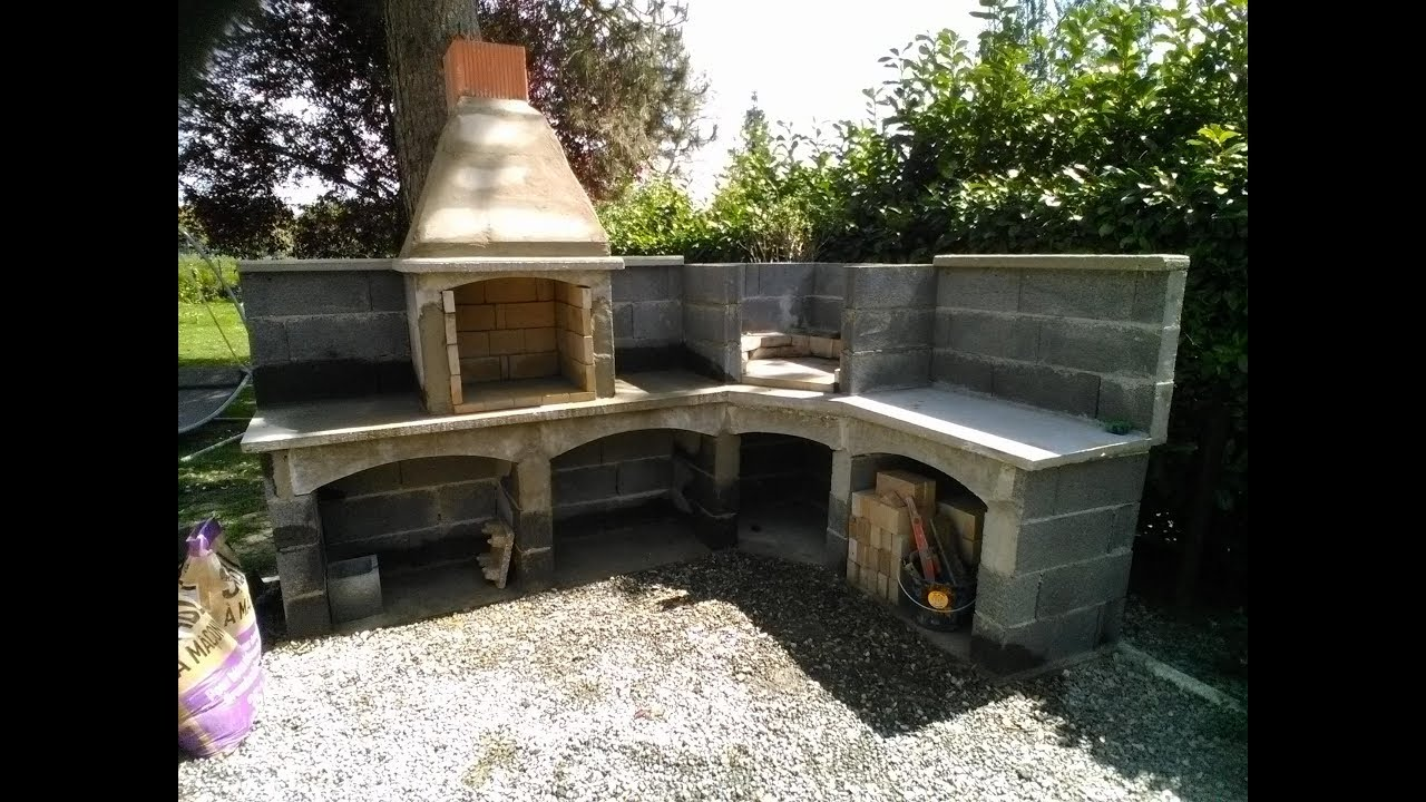 fabrication du barbeuk et four a pizza youtube. Black Bedroom Furniture Sets. Home Design Ideas