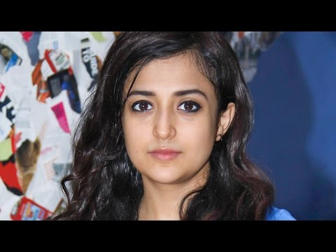 Top 10 Female Bollywood Playback Singers 2016