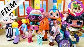 Playmobil Rodzina Wróblewskich | Muzeum FIGUREK L.O.L. w przedszkolu Emmy?! Co na to nauczycielka?