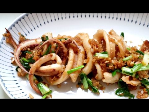 Stir-fried Squid With Garlic Cantonese Style
