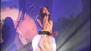 安心亞發片記者會演唱新歌 -「我可以很勇敢」
