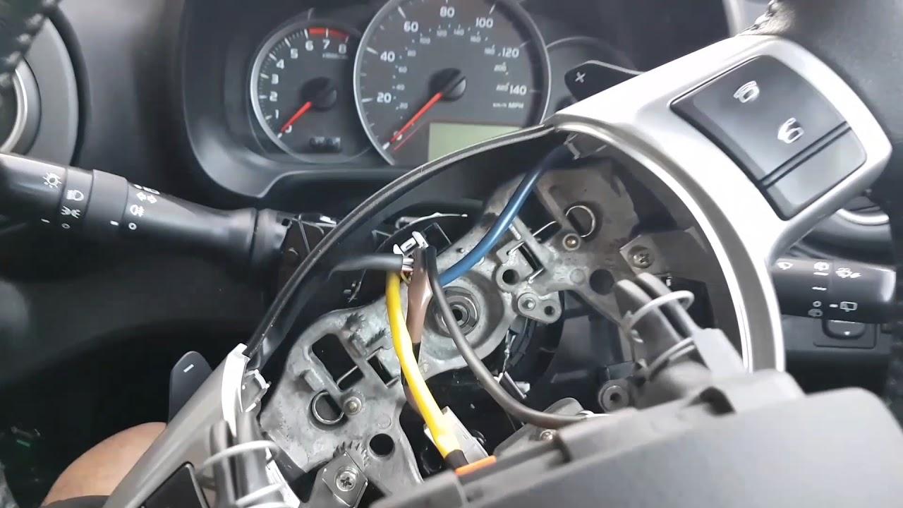 Toyota Yaris Mk3 Steering Wheel Airbag Removal