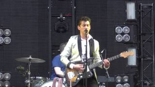 ARCTIC MONKEYS -  OLD YELLOW BRICKS -  MUSIC MIDTOWN 2013