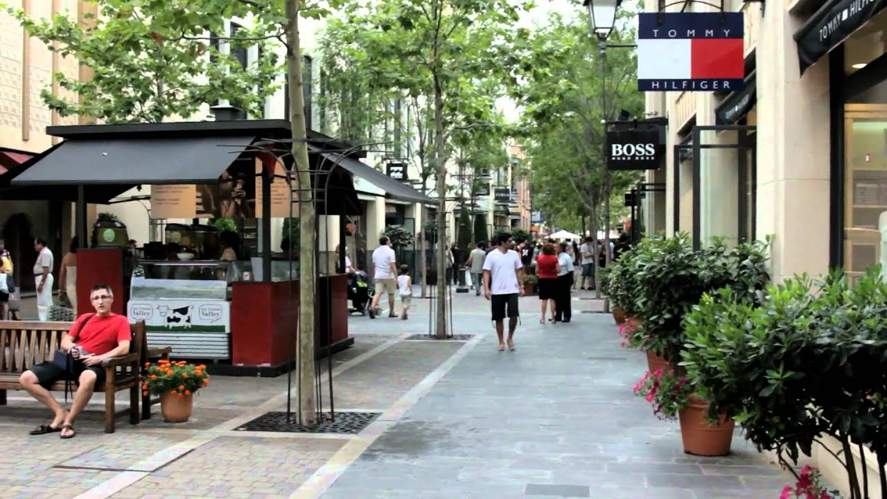 Paseo por las rozas madrid youtube - Muebles en las rozas europolis ...