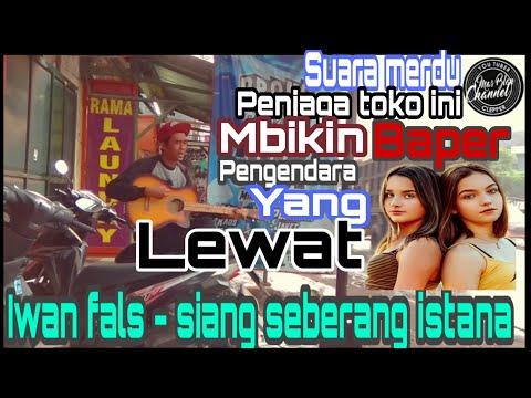 Download Lagu Iwan Fals Di Seberang Istana Sang Raja
