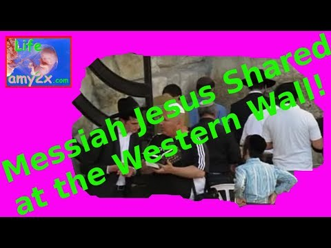 Israeli Jew Shares Jesus with Other Jews at Western Wall!