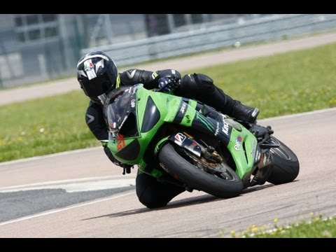 kawasaki zx6r time attack circuit de la fert gaucher. Black Bedroom Furniture Sets. Home Design Ideas
