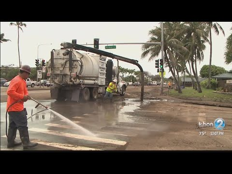 Honolulu officials supplying roll-off dumpsters in East Honolulu to aid flood recovery