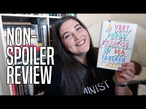 A VERY LARGE EXPANSE OF SEA by Tahereh Mafi | Book Review (CC)