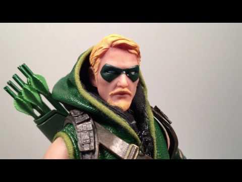 KNERDOUT Episode 133 Mezco One 12 Collective Green Arrow Toy Review
