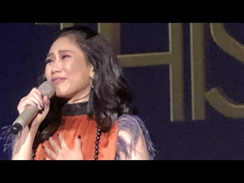 Emotional, Sarah G couldn't finish singing Forever's not Enough