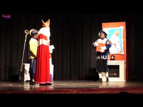 Sinterklaas en het speciale kado (27 November 2013 in 't Huiken in Elburg)