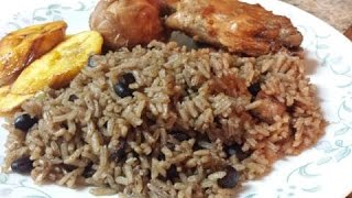Rice with black beans (Arroz Congri o Morro )  English Version