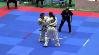 全日本女子(19名)1回戦 796榊洋子VS797徳永文音 http://kyokushin-shiga...