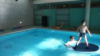 Surfen  - spielerisches Sicherheitstraining – Gleichgewicht, Fallen, Stürzen, orientieren üben