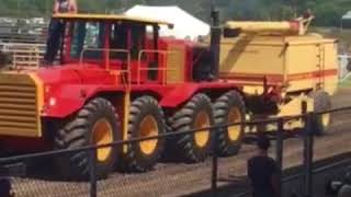 TA78 New Holland Prototype combine, the only one in the World!