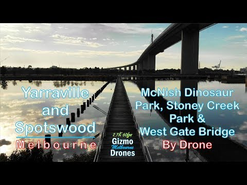 Stoney Creek Park And West Gate Bridge In Yarraville By Drone - Melbourne, Victoria, Australia