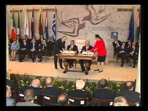 Ceremony of the signature of the Treaty of Accession