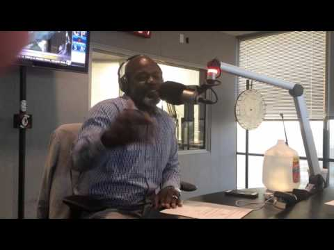Video: Emmitt Smith Doesn