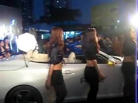 Người mẫu đẹp bên Siêu xe sôi động với Nhạc sàn-BanxeOto-MuabanOto-OtoNhapkhau