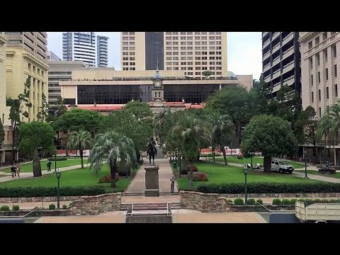 BRISBANE (Australia): Central Business District & Queens Street Mall