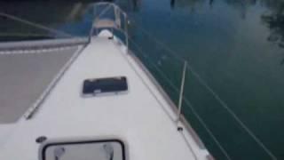 Catamarans.com: 2005 Hybrid Lagoon 440 Windance VII.wmv