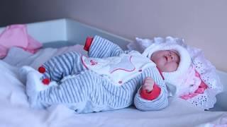 Выписка из роддома(В Новокуйбышевском роддоме новая комната для выписки Видеосъемка выписки новорожденных т. 8 927 72 79 258., 2013-04-06T16:46:55.000Z)